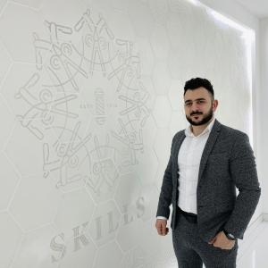 CEO and Owner of SKILLS Dubai Barbershop, Barber Mo