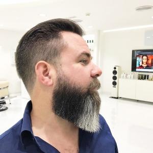 SKILLS Dubai Barbershop Beard Grooming