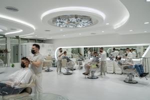 Dubai Barbershop Busy